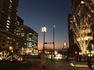 夜の東京駅界隈